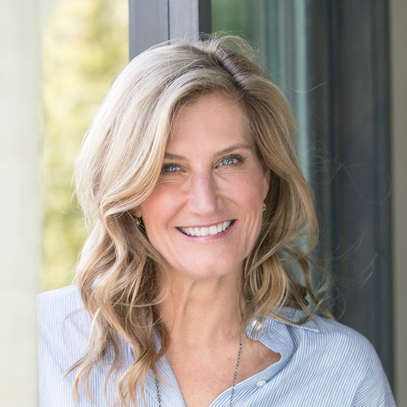 Ania Bulis - VP Sales, Founding Broker